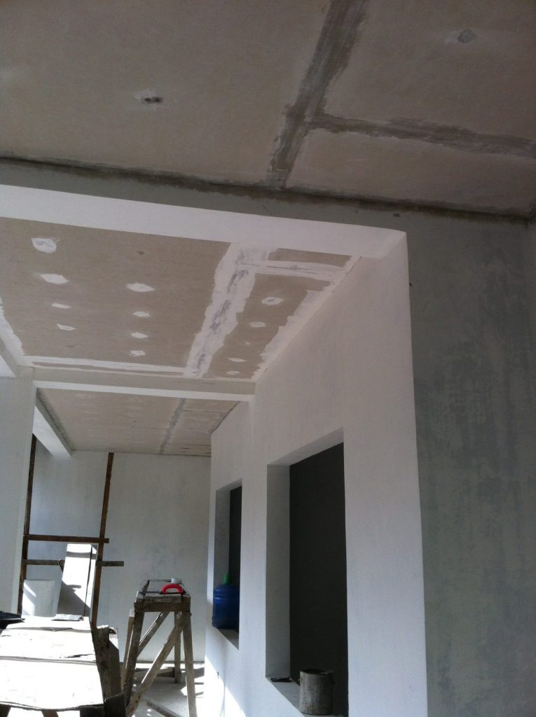 TAPING AND SANDING OF THE CEILING